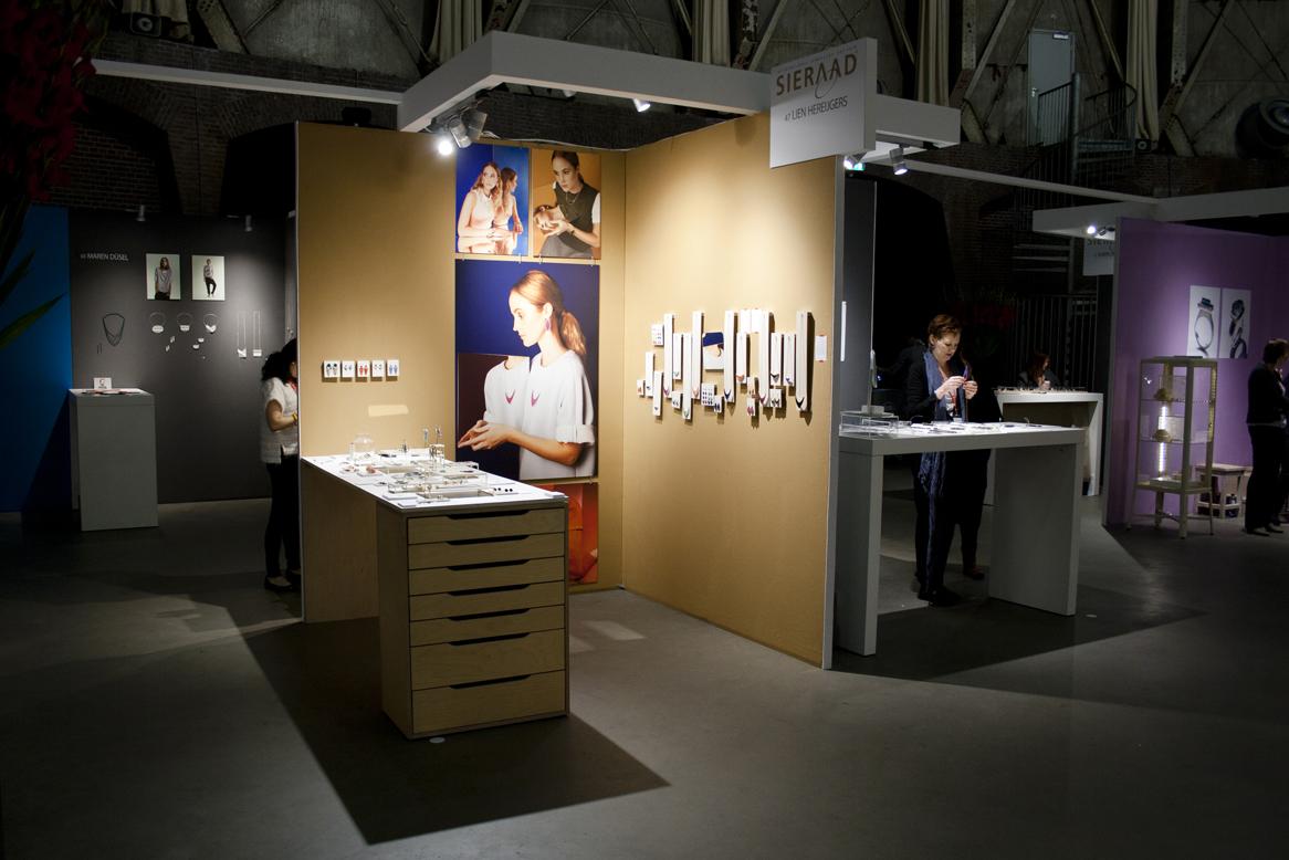 Lien Hereijgers op Sieraad Art Fair 2015 te Amsterdam
