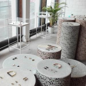 Ontdek onze juwelen in ons atelier en juwelierszaak in Deurne, Antwerpen. Of contacteer ons voor meer info.