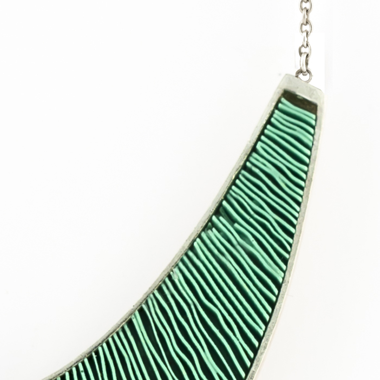 Ketting-Large-zilver-groen-detail