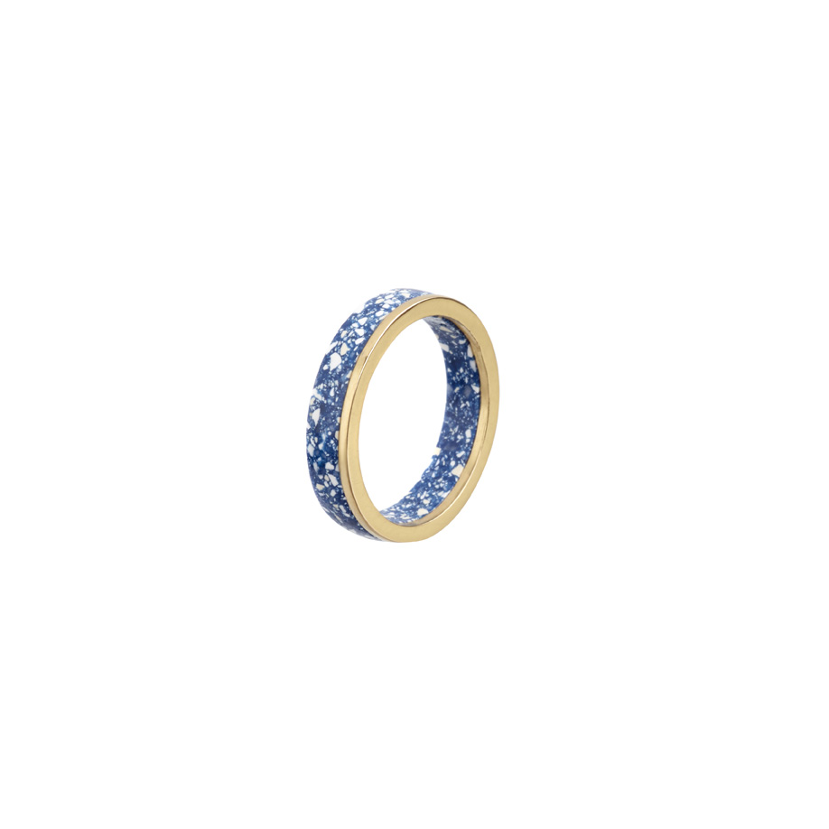 PrimaMateria-ring-stack-gold-delftblue