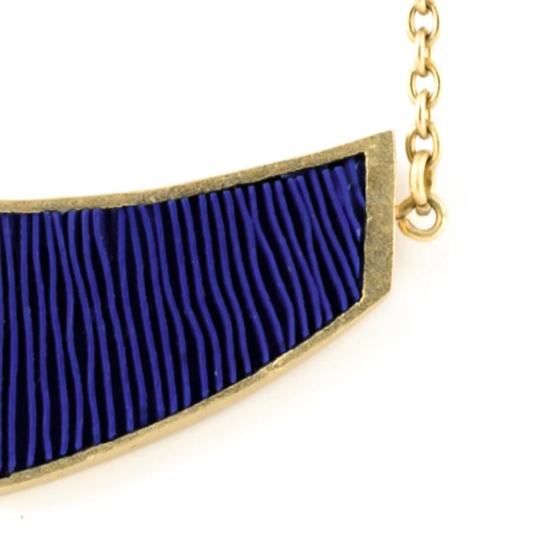ketting-mini-verguld-blauw-detail