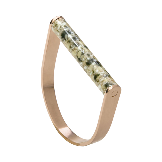 Armbandstaaf-marblegreen-rose